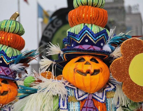 South Philadelphia String Band Mummers Parade 2013-0913