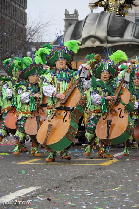Woodland String Band Mummers Parade 2013-0979