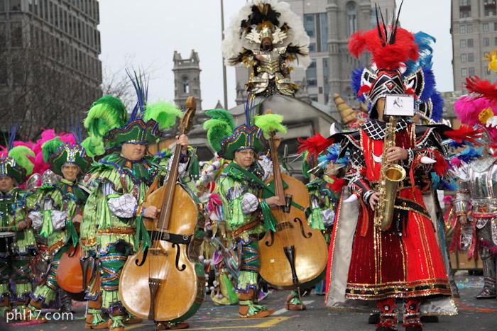 Woodland String Band Mummers Parade 2013-0980