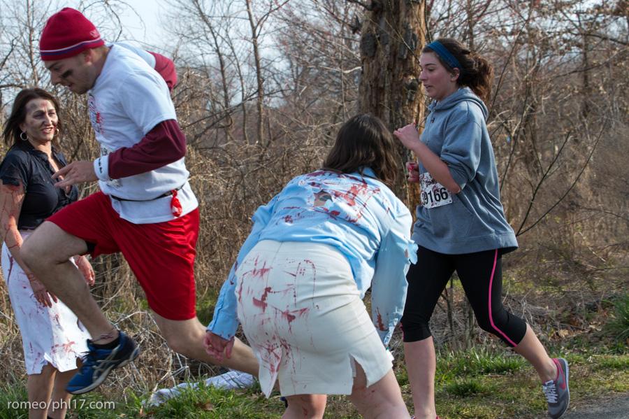 zombie run philly pics b-22