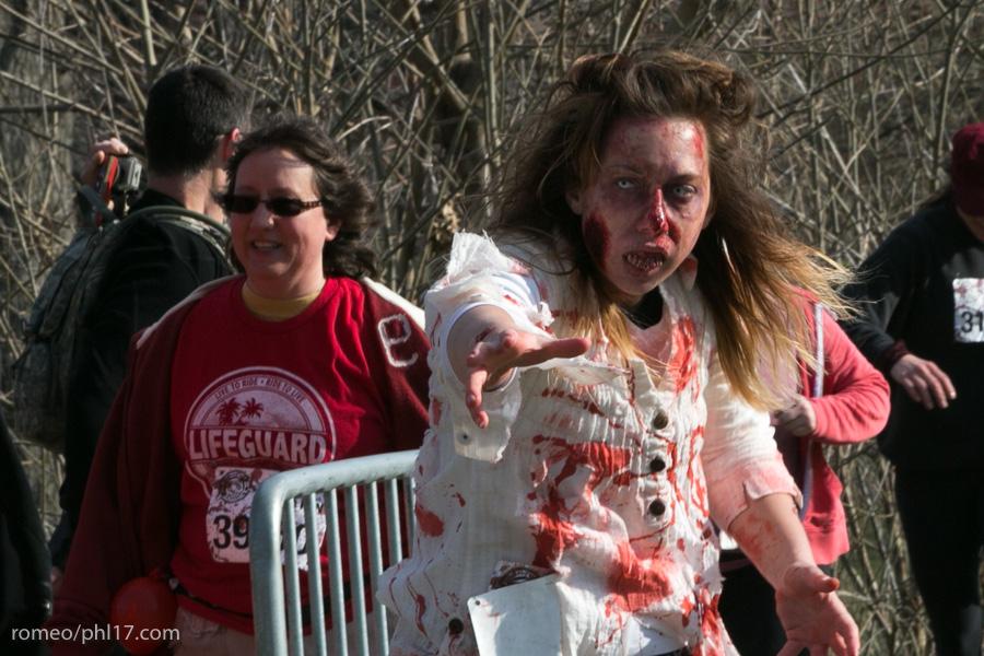 zombie run philly pics b-50
