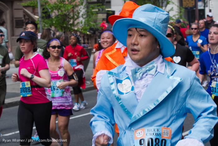 Lisa Hinze, Wayne Bond Lau at the Broad Street Run 2013