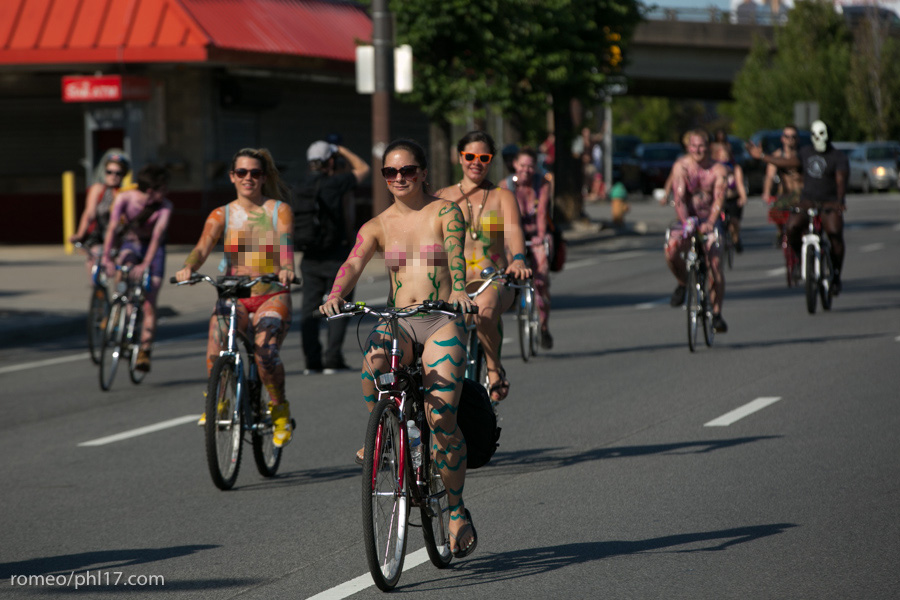 a-Philly-Naked-Bike-Race-2013-14