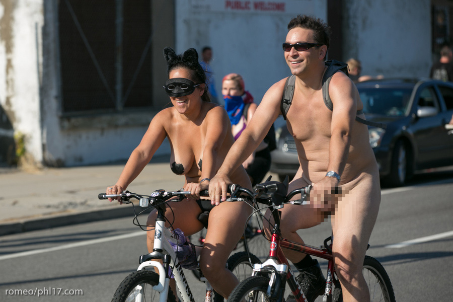 a-Philly-Naked-Bike-Race-2013-15