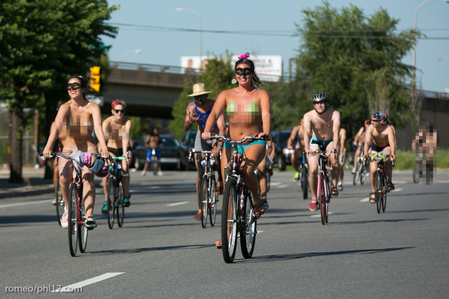 a-Philly-Naked-Bike-Race-2013-16