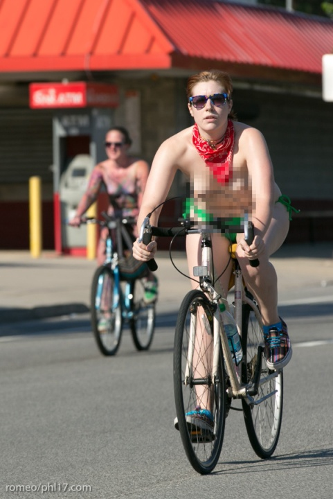 a-Philly-Naked-Bike-Race-2013-17
