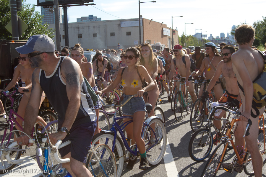 a-Philly-Naked-Bike-Race-2013-20