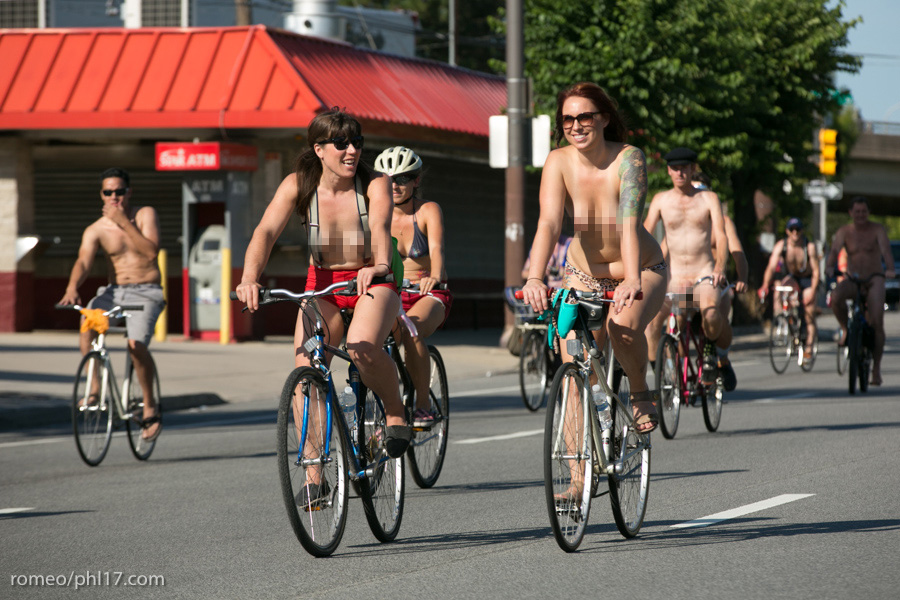 a-Philly-Naked-Bike-Race-2013-21