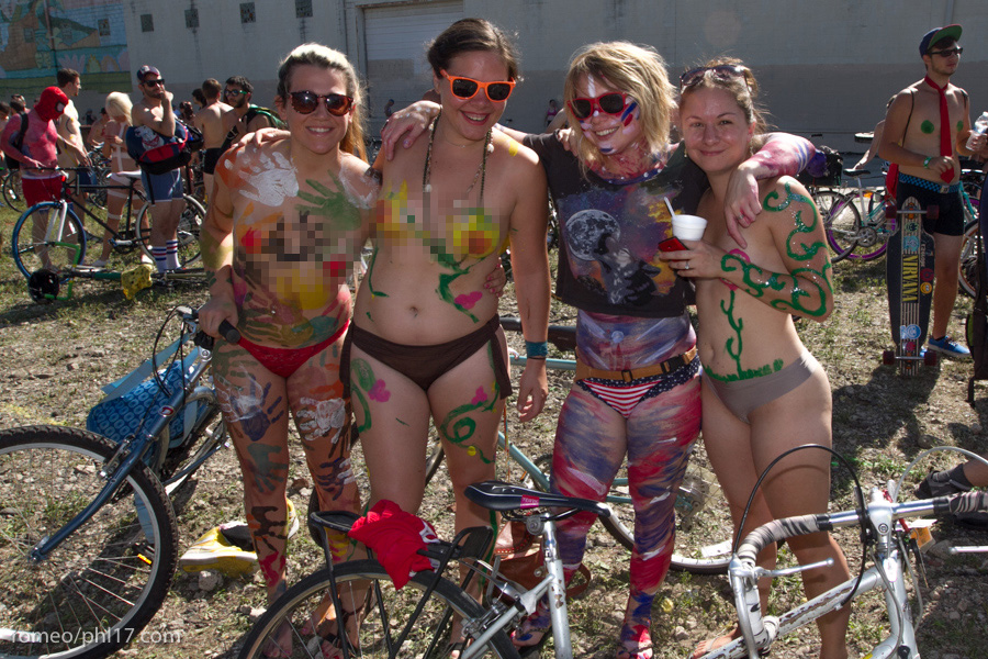 a-Philly-Naked-Bike-Race-2013-4
