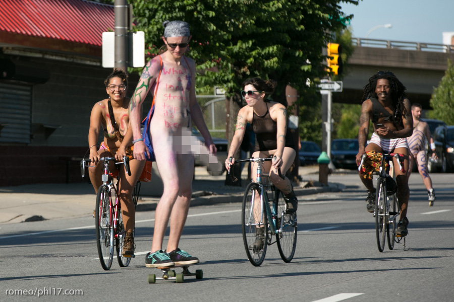 b-Philly-Naked-Bike-Race-2013-6