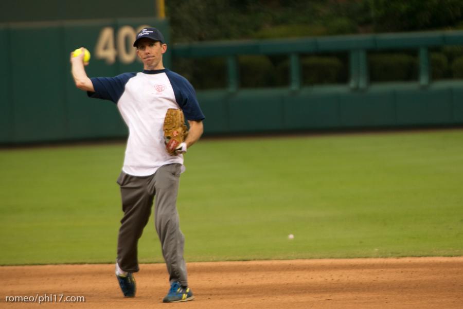 pal-phillies-media-softball-2013-14