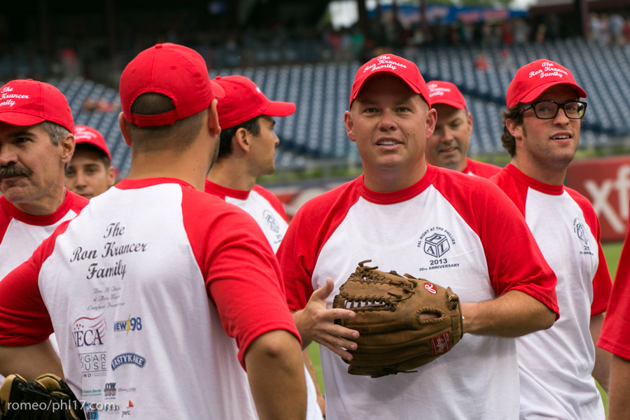 pal-phillies-media-softball-2013-2