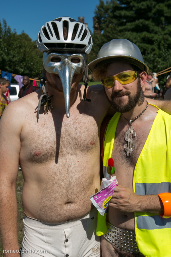 Philly-Naked-Bike-Race-2013-4