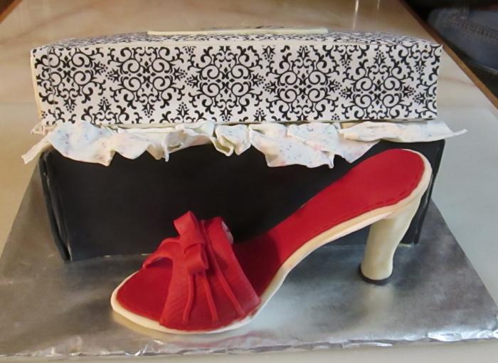 shoe cake USE