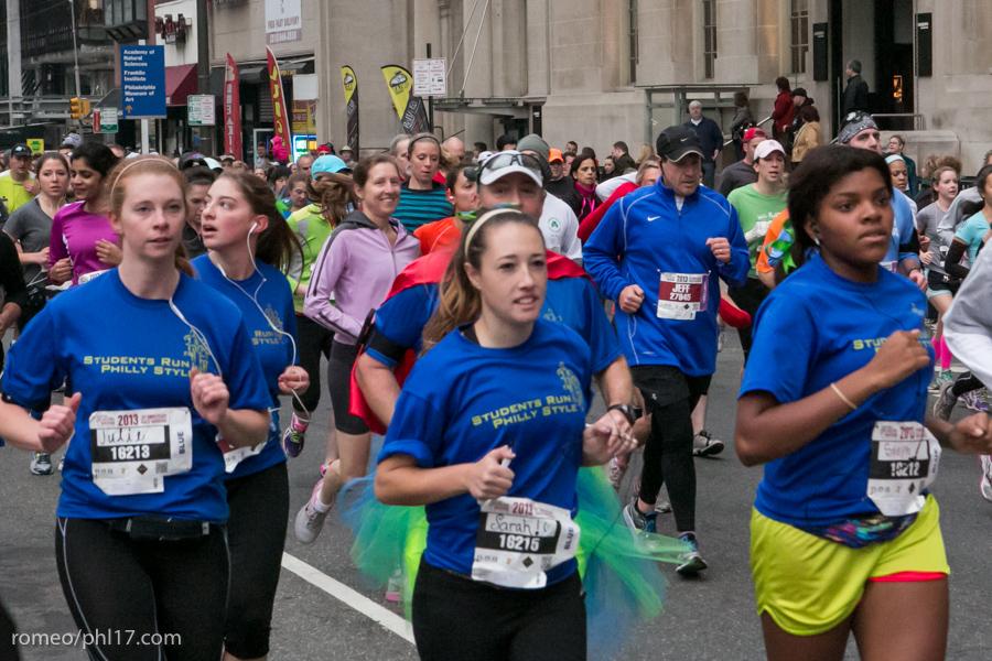 2013-Philly-Marathon-Photos-36