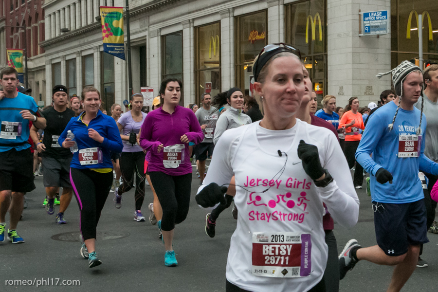 2013-Philly-Marathon-Photos-43