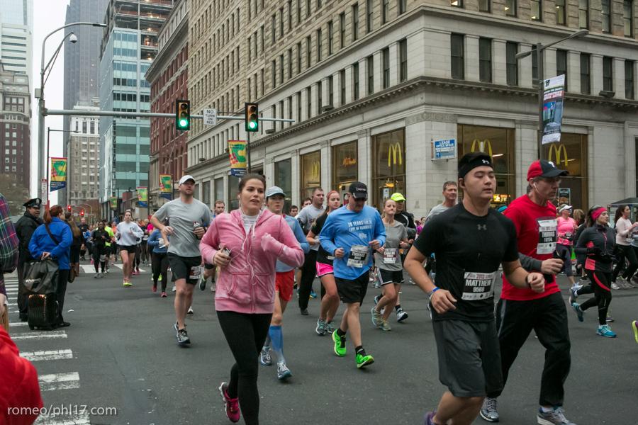 2013-Philly-Marathon-Photos-44