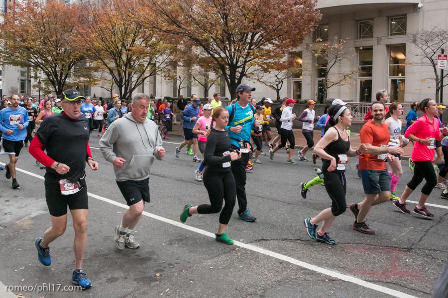 2013-Philly-Marathon-Photos-57