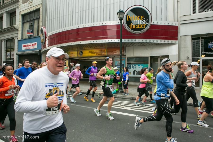 2013-Philly-Marathon-Photos-88