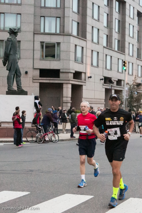 2014-Philly-Marathon-Photos-12