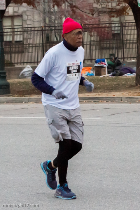 2014-Philly-Marathon-Photos-13
