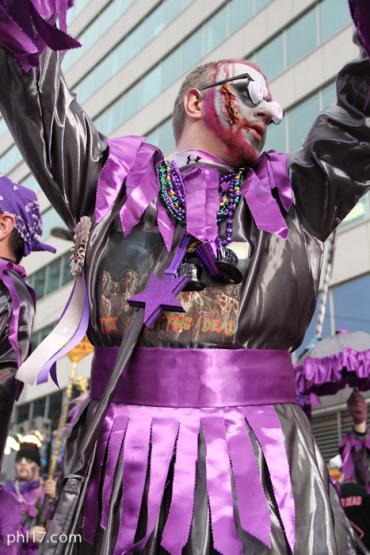 cara-liom-mummers-parade-2013-0466
