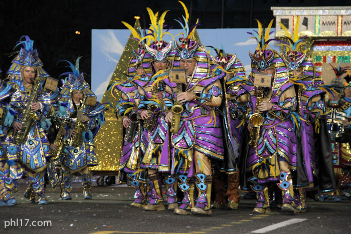 Pennsport String Band Mummers Parade 2013-1299