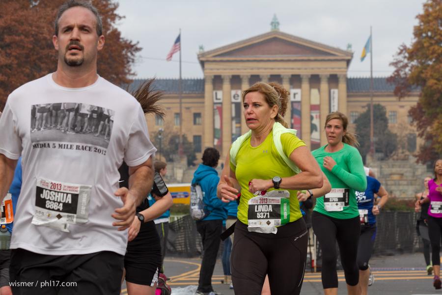 Philadelphia Marathon 2013-0274