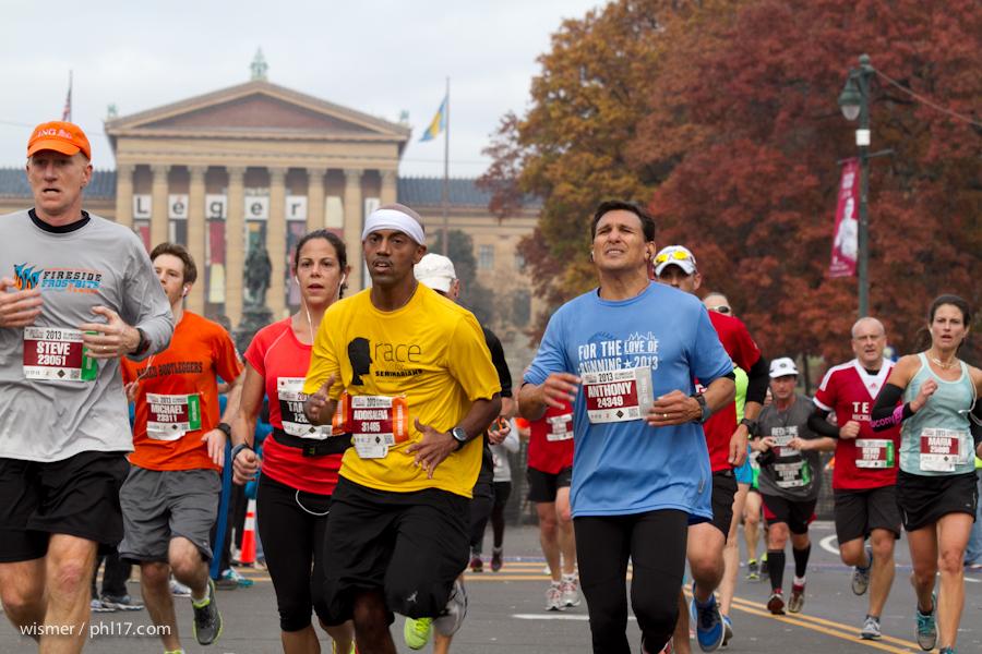 Philadelphia Marathon 2013-0298