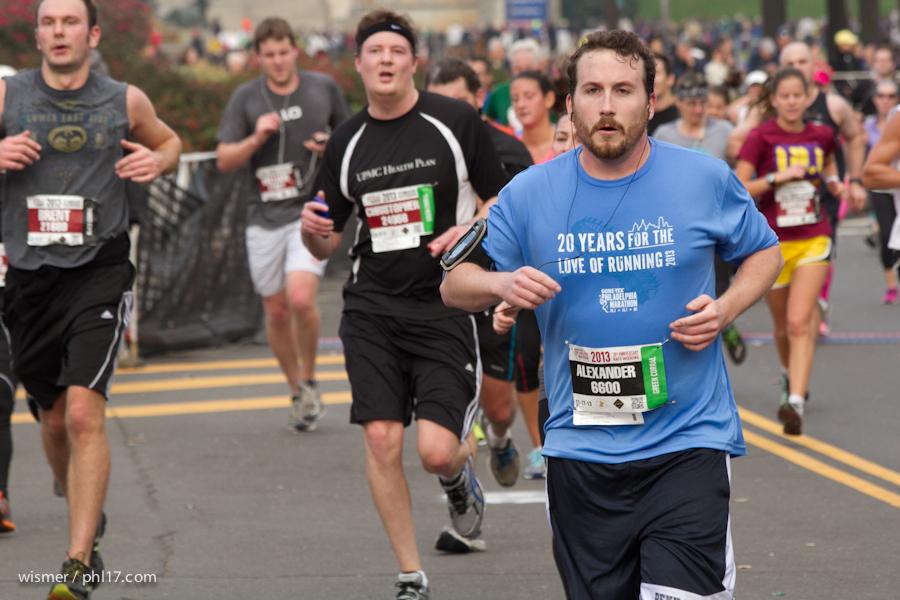 Philadelphia Marathon 2013-0375