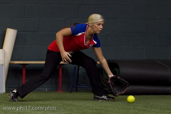 Phillies Ballgirl Tryouts 2011-07114443