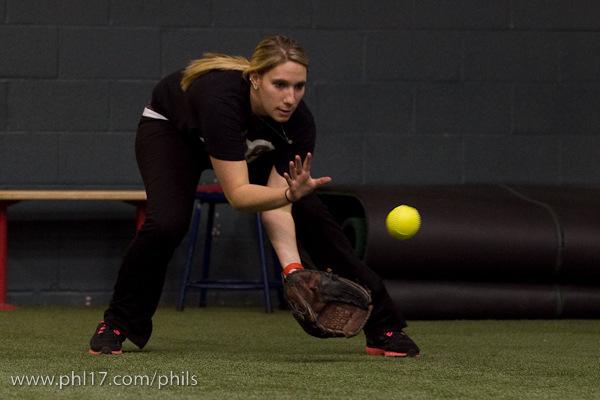 Phillies Ballgirl Tryouts 2011-08070555