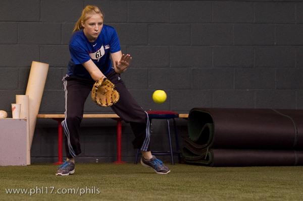 Phillies Ballgirl Tryouts 2011-08070603