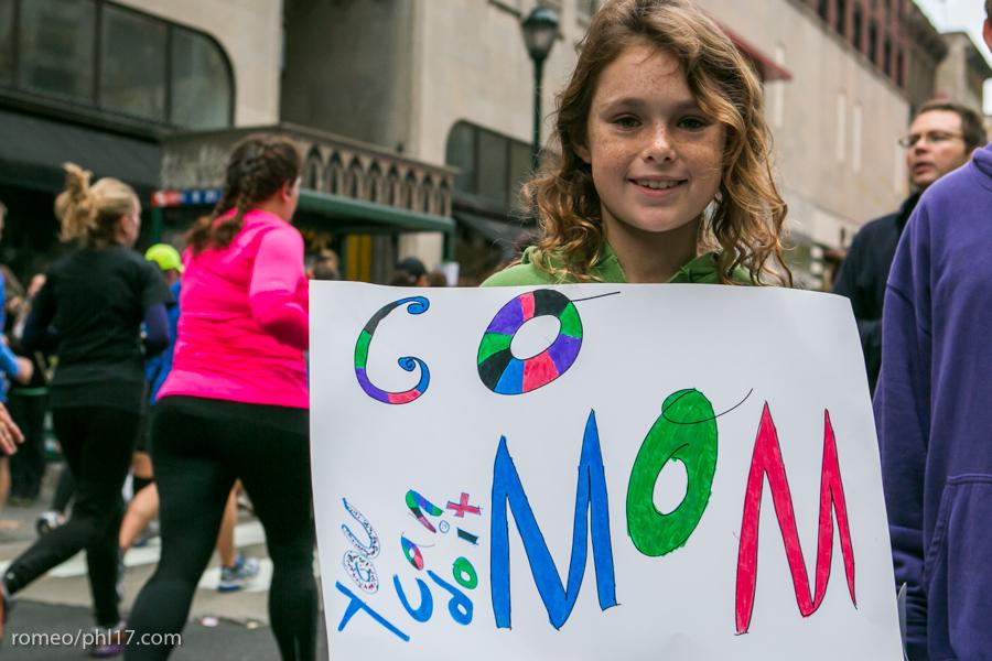 Philly-Marathon-Sign-Photos-17