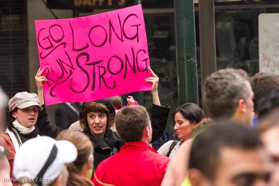 Philly-Marathon-Sign-Photos-26