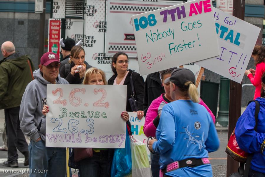 Philly-Marathon-Sign-Photos-30