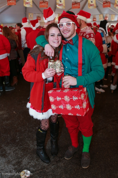 2013-Running-of-Santas-Philly-Photos-11