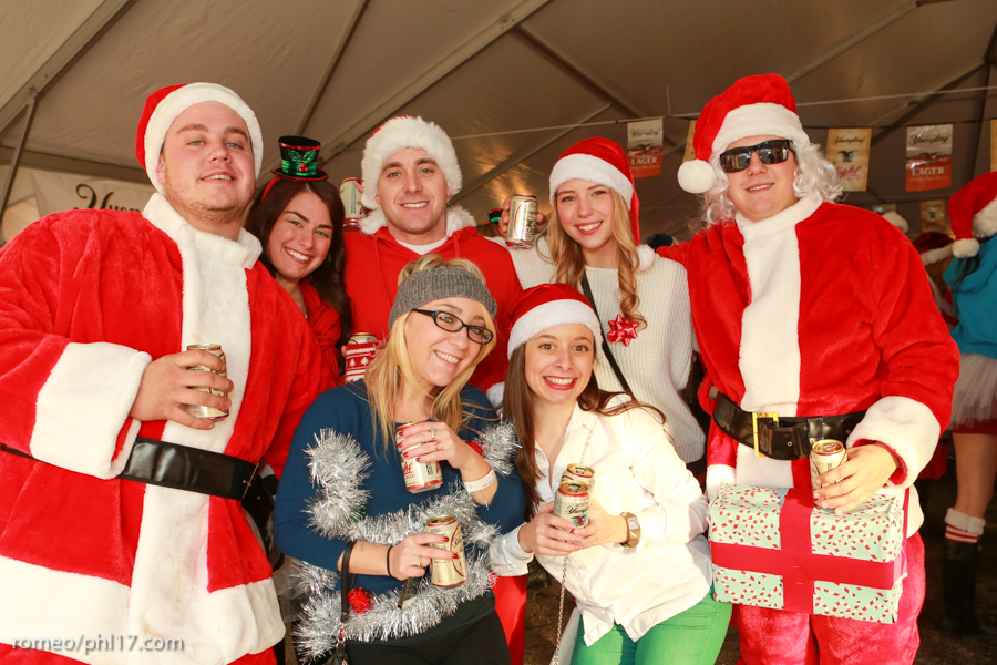 2013-Running-of-Santas-Philly-Photos-15