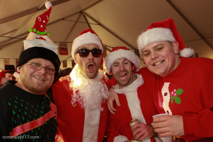 2013-Running-of-Santas-Philly-Photos-19