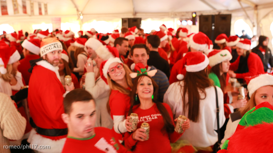 2013-Running-of-Santas-Philly-Photos-22