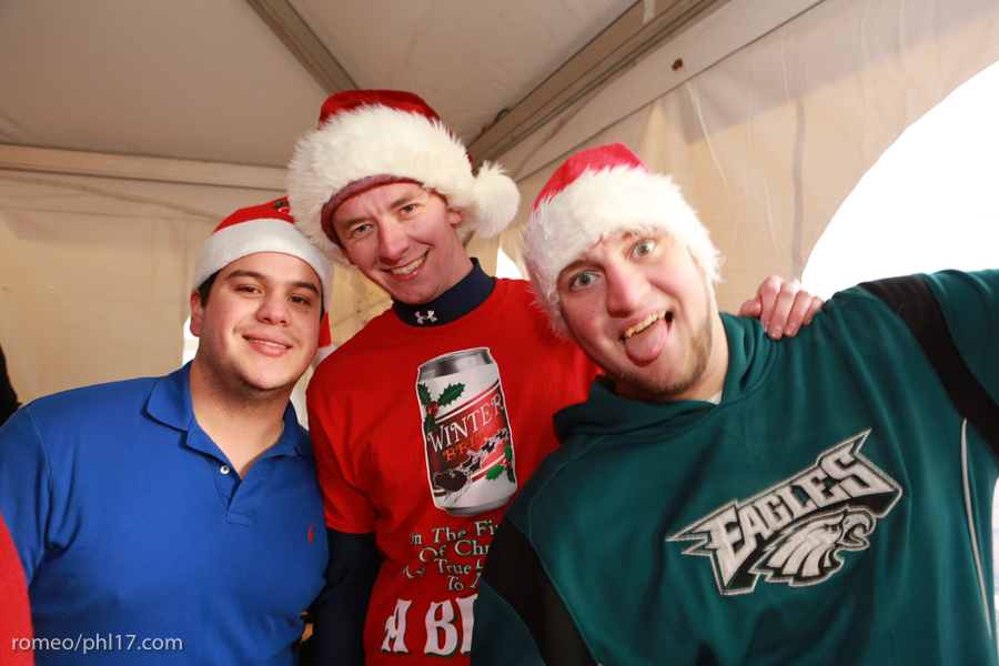 2013-Running-of-Santas-Philly-Photos-23