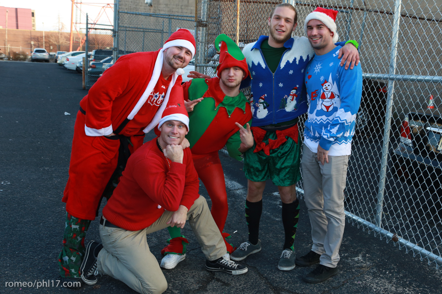 2013-Running-of-Santas-Philly-Photos-35