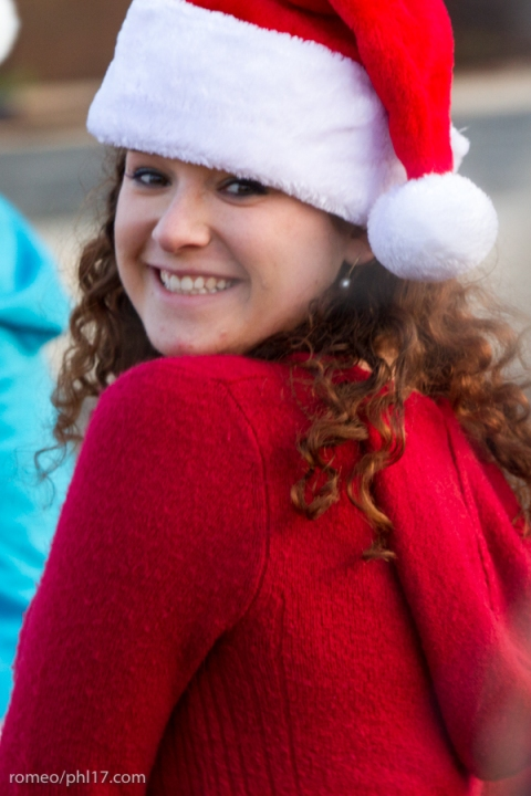 2013-Running-of-Santas-Philly-Photos-44