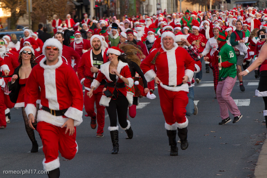 2013-Running-of-Santas-Philly-Photos-46
