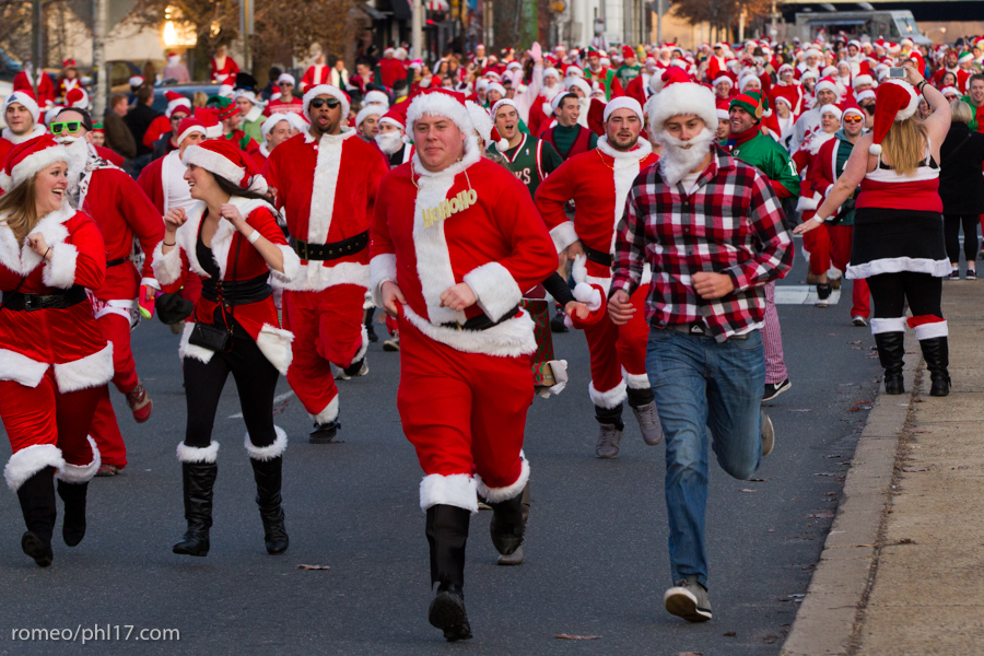 2013-Running-of-Santas-Philly-Photos-47