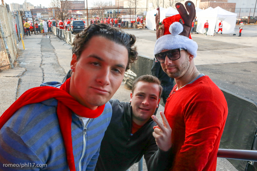 2013-Running-of-Santas-Philly-Photos-5