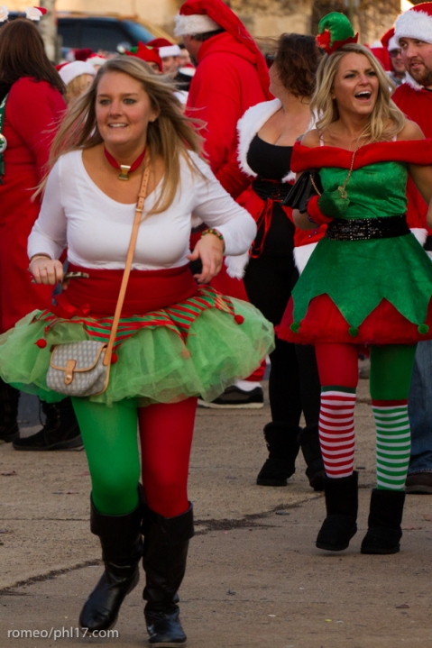 2013-Running-of-Santas-Philly-Photos-55