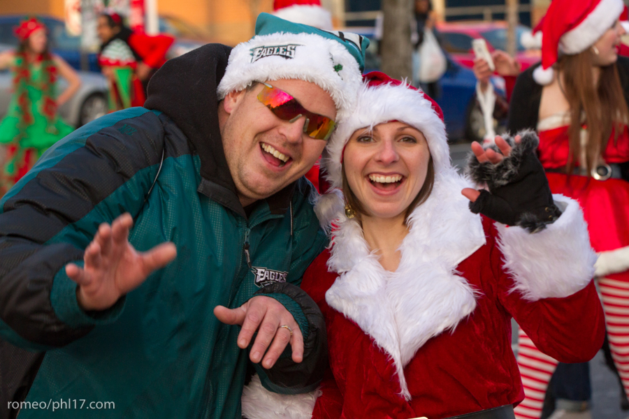 2013-Running-of-Santas-Philly-Photos-56