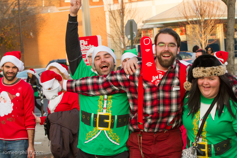 2013-Running-of-Santas-Philly-Photos-58