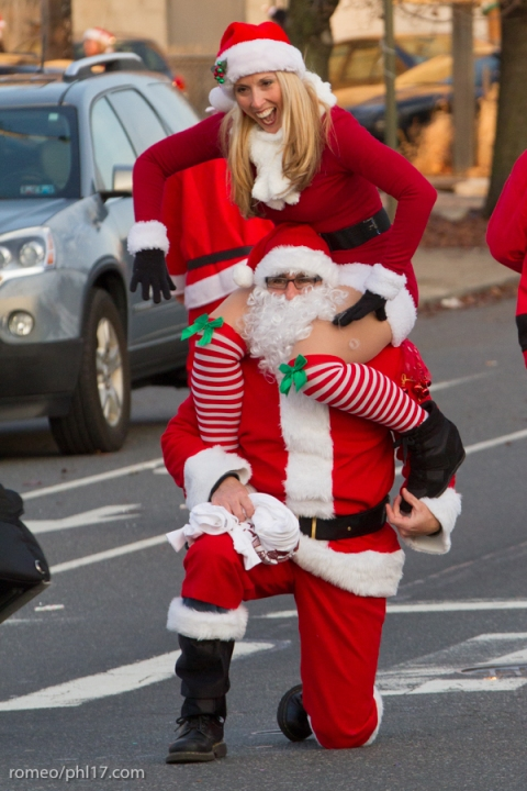 2013-Running-of-Santas-Philly-Photos-60